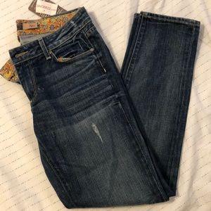 Paige Premium Denim Skyline Ankle Peg Jean